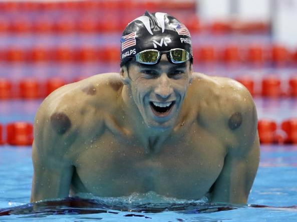 Michael Phelps: «Ho pensato al suicidio, la terapia mi ha salvato»