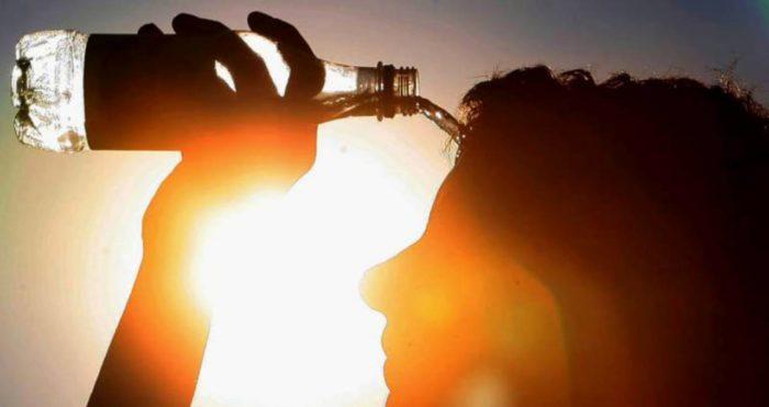 Caldo, aumenta lo stress a lavoro: i consigli contro l'irritabilità