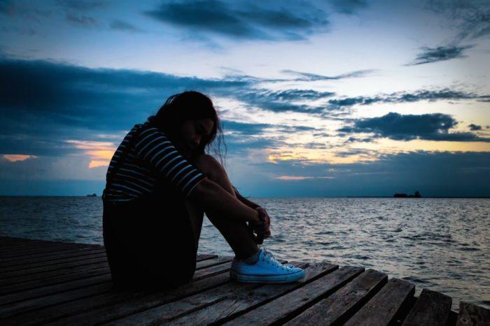 Allarme depressione: le donne soffrono più degli uomini